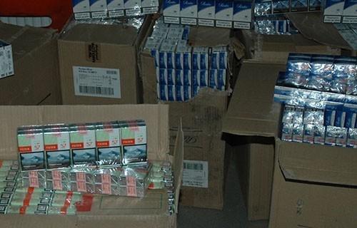 Обио продавницу, затечен са украденим цигаретама и новцем