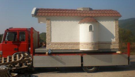Покретна црква у Нишу