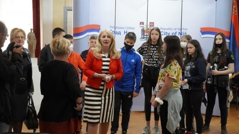 Deca sa Kosova i Metohije u niškoj Gradskoj kući