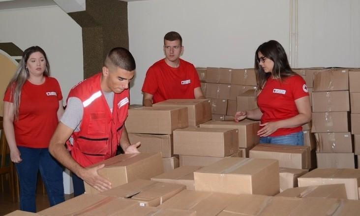 """""""Još malo pa nestalo"""", distribucija humanitarnih paketa u Prokuplju pri kraju"""