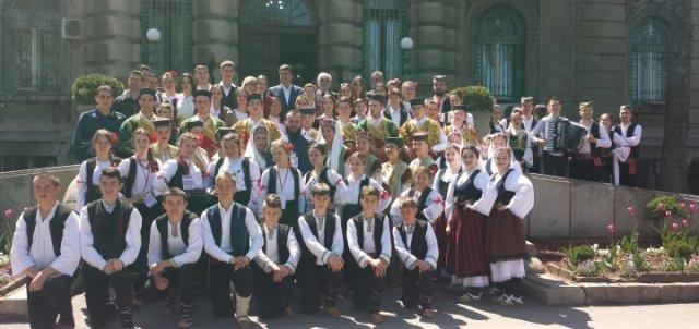 Prvi Vaskršnji festival crkvenih folklornih ansambala