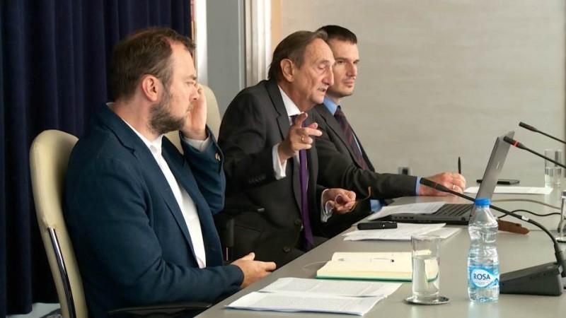 Фискални савет оправдава задуживање државе, али не подржава 100 евра помоћи