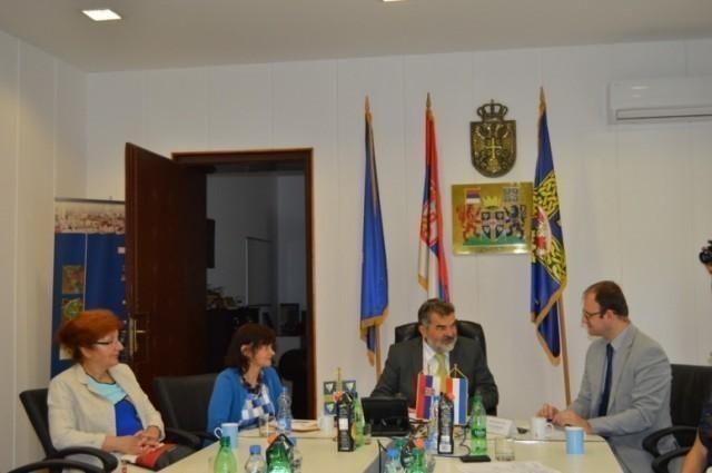 Savetnik za saradnju i kulturu Ambasade Francuske posetio Leskovac