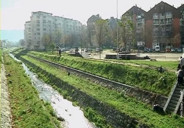 Чишћење корита Габровачке реке у Нишу