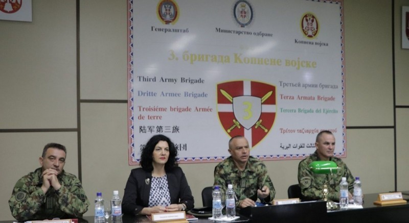 Ресурси, капацитети и планови Нишавског округа, представљени полазницима Школе националне одбране
