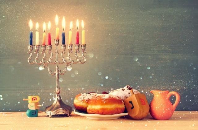 """Честитка градоначелника Ниша поводом јеврејског празника """"Ханукa"""""""
