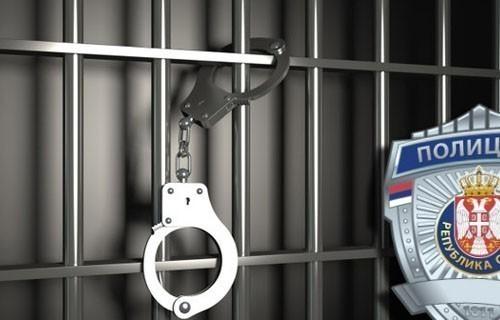 Сокобањац нудио већи износ новца полицији како не би вршили проверу алкохолисаног оца