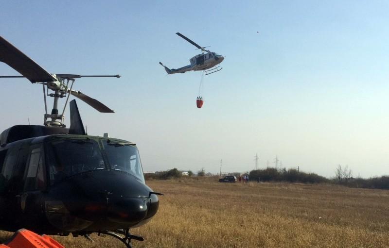 Марић: Гашење пожара отежано због неприступачног терена и ветра који мења правац