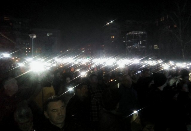 Уз сирене, свеће и државни врх, подсећање на НАТО агресију