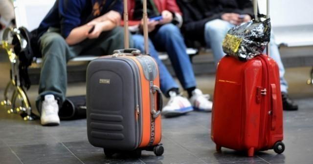 Истраживање - Зашто људи одлазе из Србије?