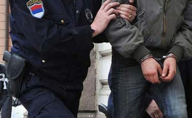 Ухапшена три младића из Пирота због разбојништва
