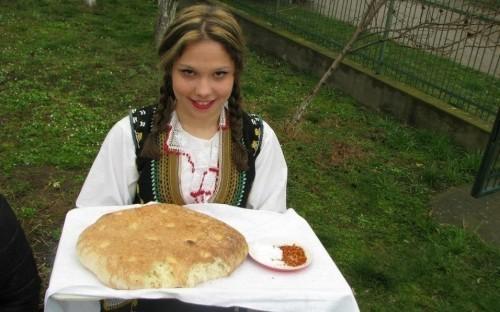 U selu Korman kod Aleksinca negovanjem starih zanata čuvaju tradiciju