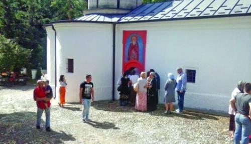 U toku meseca manastir poseti i 35.000 ljudi Foto Ivana Anđelković