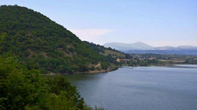 Pogled na Bovansko jezero i Rtanj, foto: Info-G