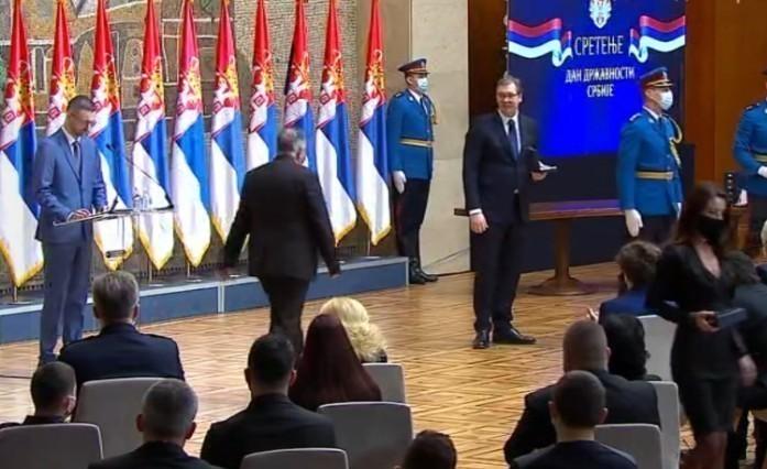 Vučić uručio odlikovanja povodom Dana državnosti - među nagrađenima i niški zdravstveni radnici