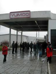 Radnici Jumka blokirali put, zovu Vučića i Dačića da dođu