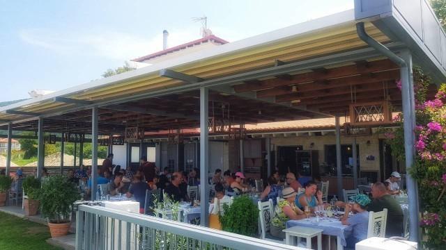 """Specijaliteti restorana """"Kalamatianos"""" nikoga ne ostavljaju ravnodušnim (FOTO)"""