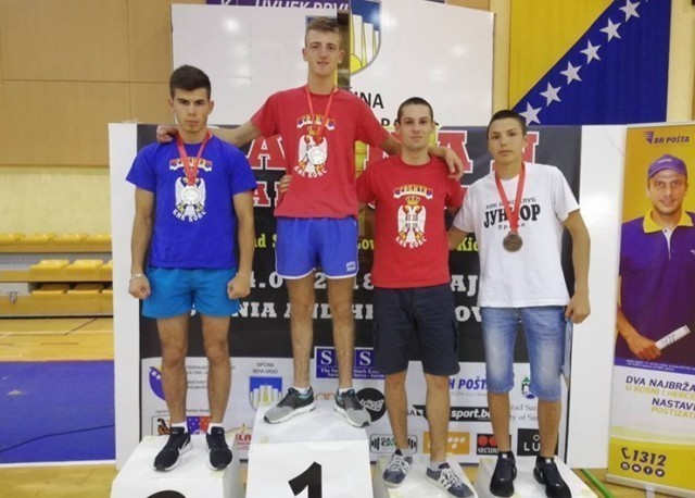 Tri medalje za vranjske kik boksere na prvenstvu u Sarajevu
