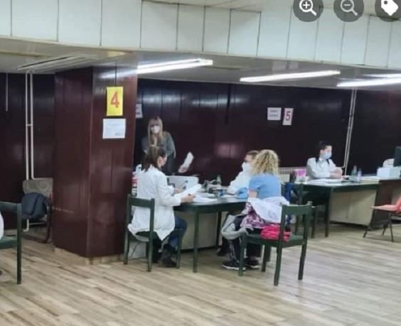 У Нишу почела вакцинација трећом дозом против коронавируса
