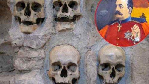 Крупни приказ лобања у Ћеле-кули. Десно: портрет краља Милана