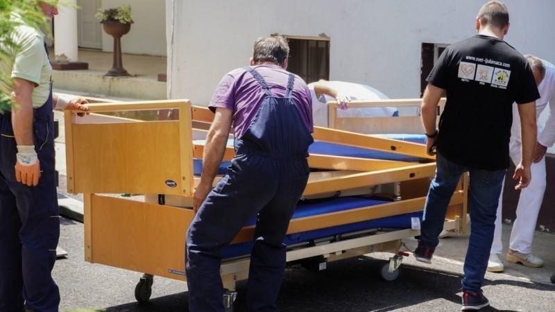 15 специјалних кревета за непокретне пацијенте као донација болници у Горњој Топоници