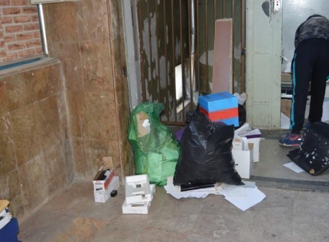 Лесковачки општинари сами чистили своје канцеларије