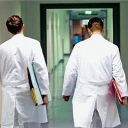 Panika u bolnici: Pijan sa pištoljem krenuo u posetu bolesnom sinu
