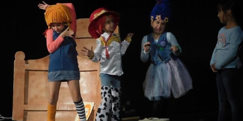"""Деца из земаља бивше СФРЈ у Прокупљу: Фестивал """"Лектирићи екс ју фест"""""""