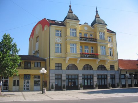 U Leskovcu otvoren Festival amaterske pozorišne režije
