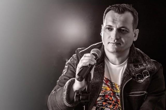Нишки текстописац, композитор и извођач, Марко Стојковић