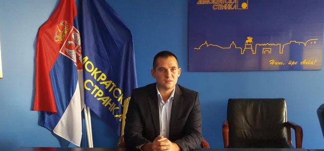Stanković (DS): Od kada su hiligani na sportskim takmičenjima postali VIP?