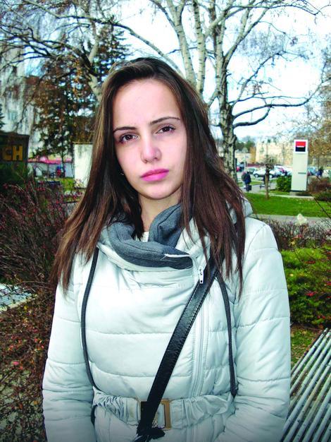 Miljana je u bolnici provela mesec dana, a i danas, godinu i po posle teškog udesa koji je jedva preživela, ide na rehabilitacije, Foto: B.Janačković