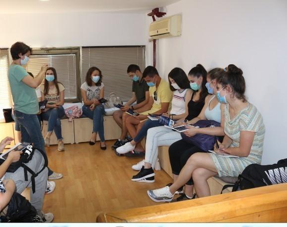 """Udruženje """"Kišobran"""" realizuje projekat """"Mladi povezuju mlade"""""""