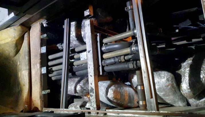 Пронађено 53 килограма марихуане сакривене у поду аутобуса на Градини