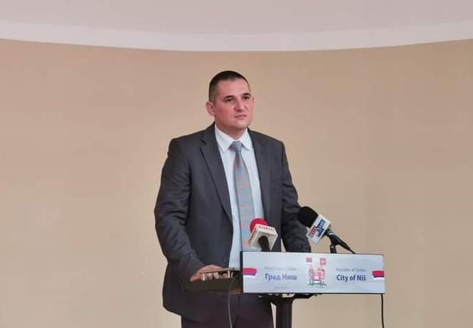 Inicijativa opozicionog odbornika: Obezbediti maske i dezinfekciona sredstva za socijalno ugrožene