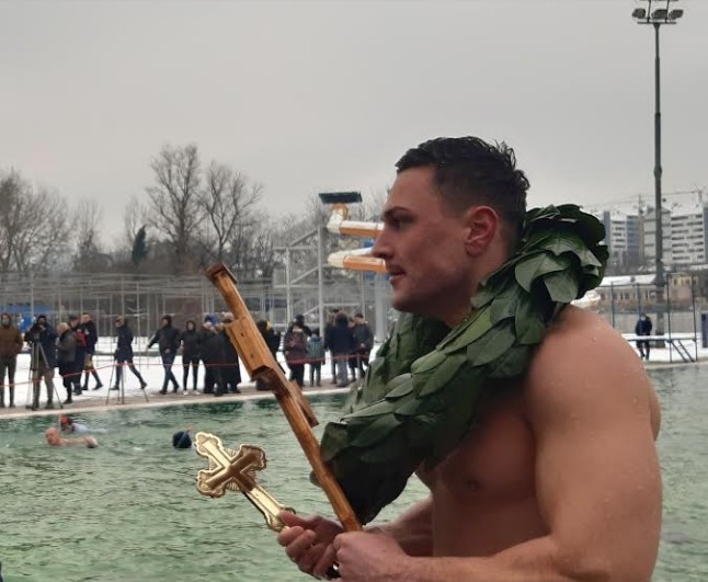 Pripadnik interventne Miloš Čičić drugi put do časnog krsta