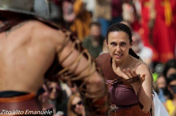 Драгана Молес, оперска певачица из Ниша, инструкторка гладијаторства у Риму