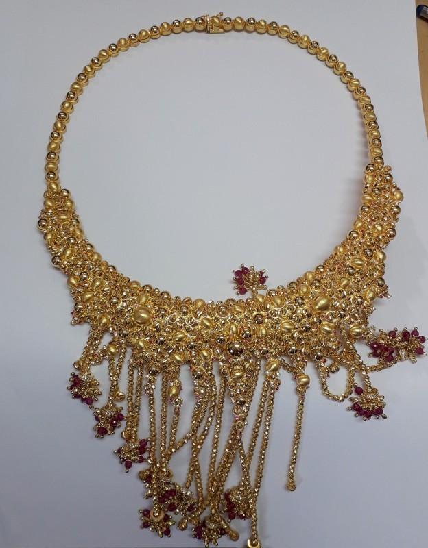 Заплењен златни накит импресивне оријенталне израде на Прешеву (ФОТО)