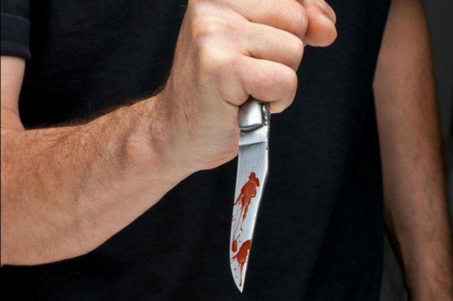 Алексинац као касапница: У нападима ножем повређени тинејџер и старији мушкарац