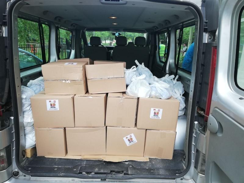 Настављена достава пакета пензионерима