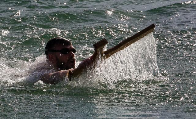 Храбри и традиционални: Од уторка пријаве за пливање на Богојављање