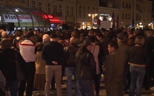 """Споразум са народом """"разводнио"""" протесте у Нишу: Само најупорнији вечерас на скупу"""