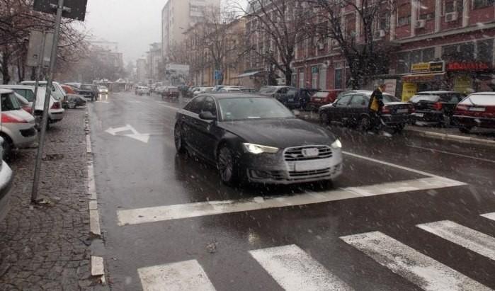 """Прокупље: Јавно-комунално предузеће """"Хамеум"""" спремно дочекује први снег"""