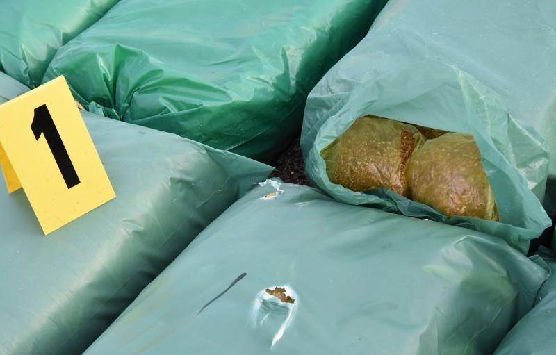 """На """"Наису"""" пронађено 200 кг резаног дувана"""