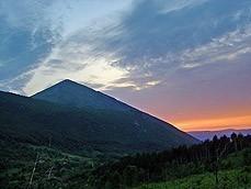 Планина Ртањ је пирамида?