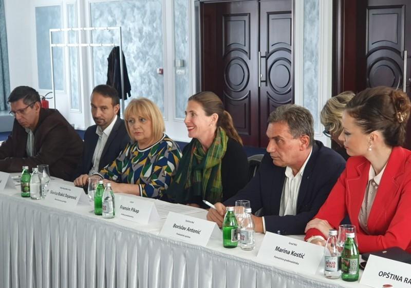 """Град Ниш један од 5 учесника у пројекту """"Платформа за одговорно управљање јавним финансијама"""""""