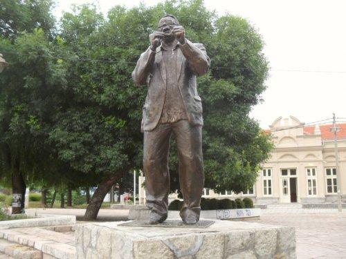 Споменик Шабану Бајрамовићу  Фото: М.М. Јужна Србија Инфо