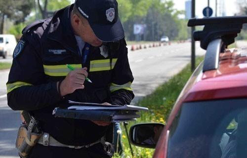 Младићи из Лебана пијани возилом изазвали саобраћајне незгоде
