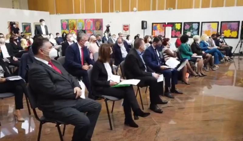 Niški odbornici usvojili nacrt ugovora o javno-privatnom partnerstvu za održavanje rasvete u gradu