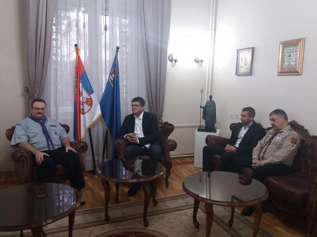 Gradonačelnik Niša u razgovoru sa evropskim skautima